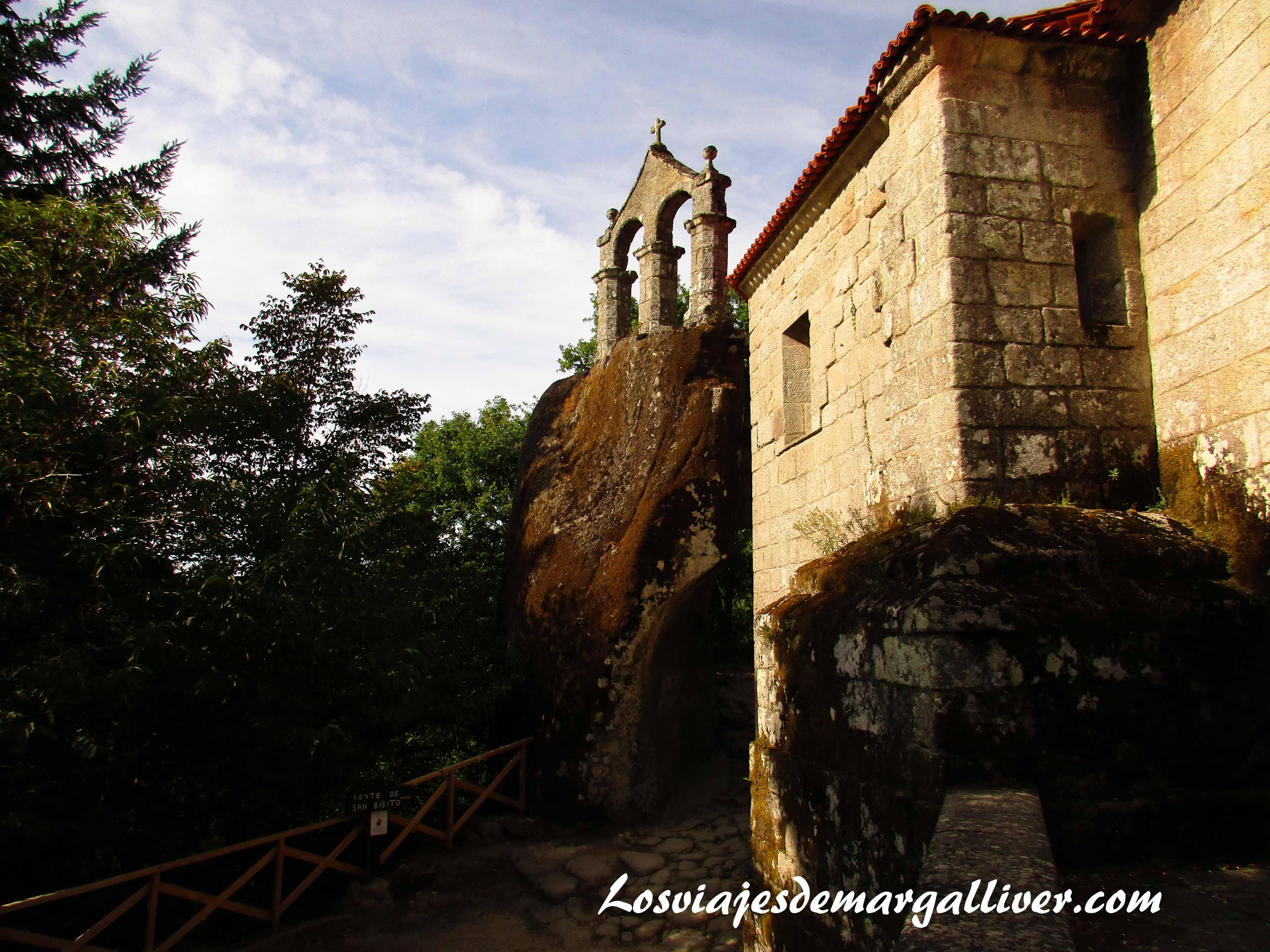 Monasterio de San Pedro da Rocas en la Ribeira Sacra - Los viajes de Margalliver